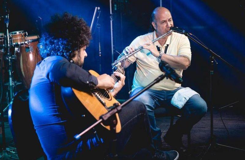 Músicos Derico e Diego Figueiredo realizam workshop e live em Hortolândia