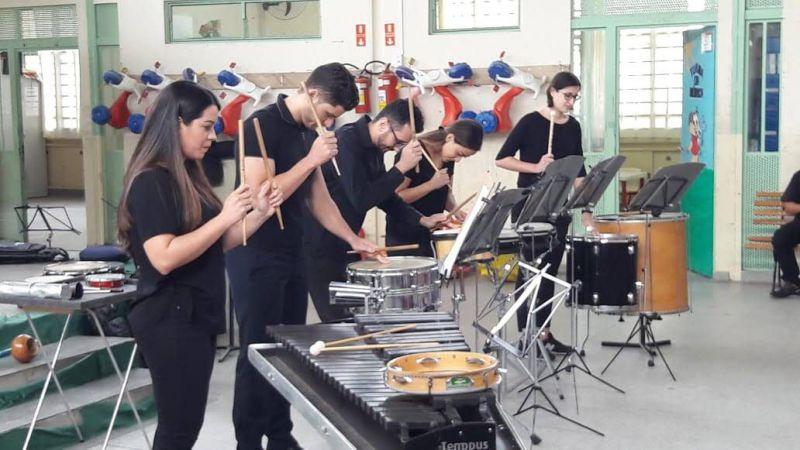 Grupo musical de percussão Turuntuntun faz concerto presencial gratuito nesta quarta-feira (15/09)