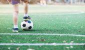 Prefeitura disponibiliza vagas para treinos de futebol society em dois espaços esportivos